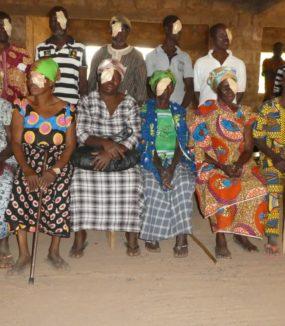 Augenuntersuchungen in Ghana